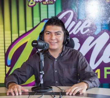 DJ Jhonatan-Locutor